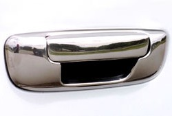 putco_chrome_tailgate_handle